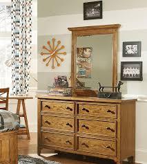 Solid Wood American Made Bedroom Furniture Bedroom La Z Boy Of Ottawa Kingston