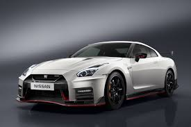 Nissan's 600hp GT-R NISMO is back, boasting both power and luxury