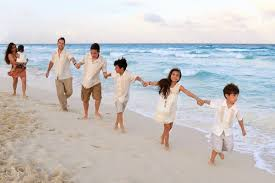 Beach Family Photos Cancun Beach Family Portraits Gran Caribe Real Trueba Family