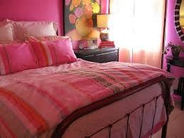 Pink Bedroom Decorations Charmong Pink Bedroom Decor With Pink Bed Pink Pillows And Soft