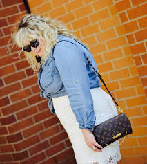 louis vuitton favorite mm. a review of the coveted louis vuitton favorite mm in monogram canvas. this bag is mm