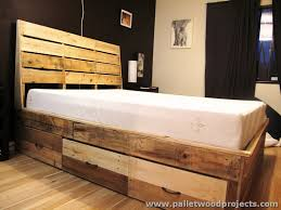 Recycled Pallet Bed with Storage Drawers ...