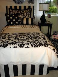 black and white dorm room bedding set and dorm decor