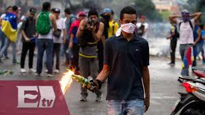 Image result for manifestaciones en venezuela