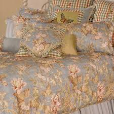 michael amini tricia luxury bedding set