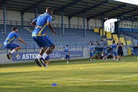 Αποτέλεσμα εικόνας για τρεξιμο ποδοσφαιριστων σε προπονηση