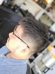 最新髪型クロップスタイル 人気向上刈り上げフェードスタイル Apache