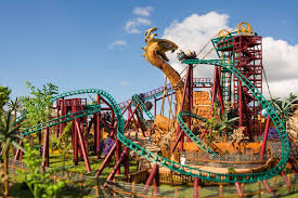 experts in providing entertainment for the whole family busch gardens in tampa has roller coasters shows animal experiences safaris tours dining