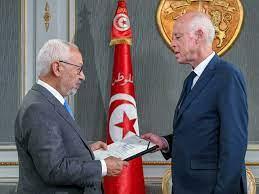الغنوشي: ديمقراطية تونس الوليدة في خطر شديد - عرب بلاون