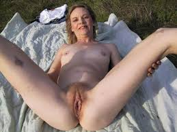 Older woman nude outdoors and vids
