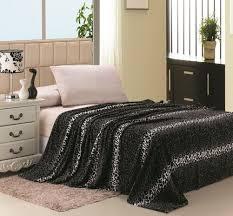 super soft printed luxurious c fleece warm bed throw blanket queen size gray leopard com