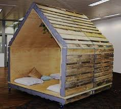 Dog House Made with Pallets