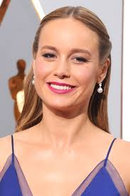brie larson s os makeup takes cues from renaissance paintings
