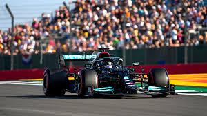 Aber wir haben es eigentlich ganz gut hinbekommen und sind damit im qualifying auf plat. British Gp Qualifying Lewis Hamilton Beats Max Verstappen To Head Field For Debut F1 Sprint F1 News