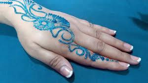 Henna Glitter Designs 15 Stylish Glitter Mehndi Designs Mehndi Crayon