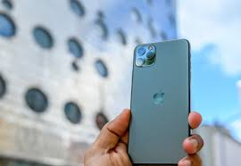 iPhone 11 Pro Max Review: Come for the ...