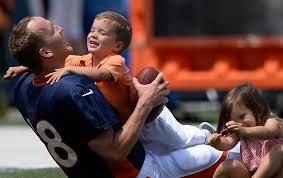 peyton manning wife. Photos Of Peyton Manning\u0027s Kids, Because The Broncos Quarterback\u0027s Offsping  Are Too Adorable Peyton Manning Wife