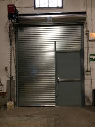 Garage Door With Man Door - Wageuzi