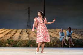 Pretty Yende Unmasks a Promising Opera Career - The New York Times