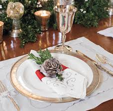 Stylish Christmas Table Setting Ideas