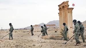 Вторая группа сирийских военных получила дипломы саперов  Саперы работают в исторической части Пальмиры Фото ТВ Центр