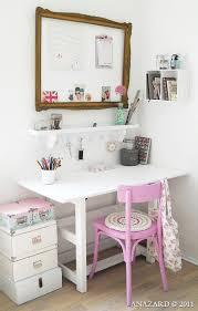 girls rooms framed pin board above girls desk