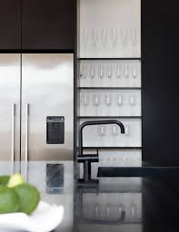 Dekor Mobel – Eine matt schwarze Küche macht eine mutige Aussage