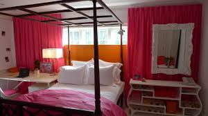 Pink And Orange Bedroom Budget Kids Rooms Vicente Wolf