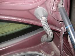 broken trunk latch fix easy diy page 2 i also wonder if it has to do the wires running from the trunk to the car check to see if the insulation on any of the wires is worn through