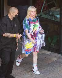 Billie Eilish wears controversial brand ...