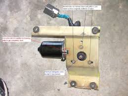 wiper motor mod4 jpg now all that s left to do is bolt the modified bracket honda motor to the z mechanism you will need to source your own bolt to match the honda threads