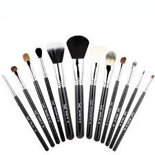 makemecly set my favourite makeup brush set