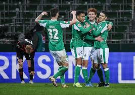 The official sv werder bremen app delivers everything the werder heart desires. Drei Strittige Tore In Der Fussball Bundesliga Eintracht Frankfurt Verliert 1 2 Bei Werder Bremen Sport Tagesspiegel