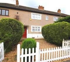 2 Bedroom Part Furnished Terraced To Rent On Mead Avenue, Slough, Berkshire,