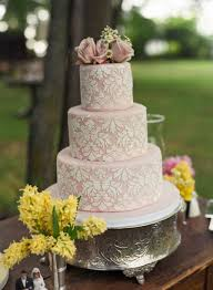Bolos De Noiva This Would Be So Much Prettier On Silver Cake Stand Find This Pin And More On A Romantic Wedding