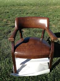 painting a vinyl chair, painted furniture, The Before Picture