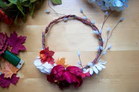 flower crown diy tutorial make your own beautiful flower crowns with tutorial and tips