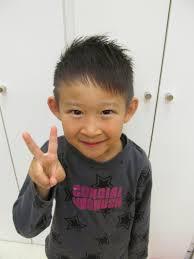 子供の髪型 男の子がしたいアシメ特集10選 海外の髪型と