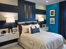 Mirror Ceiling Bedroom Accent Wall Wood Bedding Sets That Won T Break The Budget Wooden