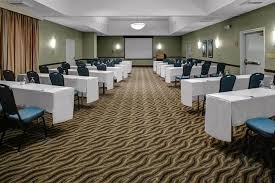 hilton garden inn monterey book now email us call us 204 smoke free guestrooms