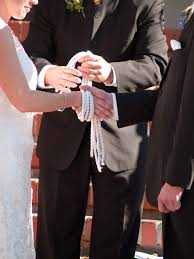 The Ultimate Handfasting Guide | The Officiant Directory