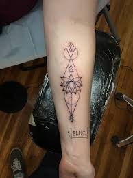 Geometric Lotus Arrow Tattoo Done By Betsy Ebsen At Ghost Light