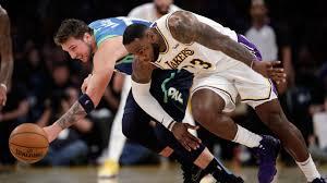 NBA Live Tracker: Lakers vs. Mavericks