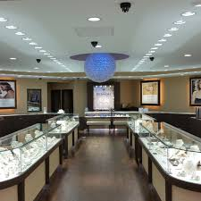 we have served generations of families as their trusted jeweler for brilliant diamonds beautiful fine jewelry elegant watches trered gifts
