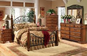 King Bedroom Furniture Wyatt 7 Pc Cal King Bedroom Set By Ashley Furniture California