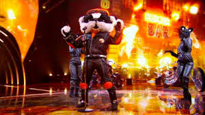 Badger left viewers of the masked singer scratching their heads as they try to work out who is behind the finalist's costume. Who Is Badger On The Masked Singer Two Early Give Away Clues That May Have Been Forgotten Wales Online