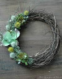 diy faux succulent wreath via littlehouseoffour com