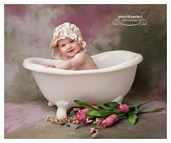 small bathtub photo prop ideas