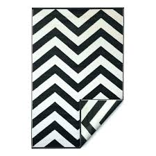 black and white zigzag rug creative black and white chevron rug first class nice decoration black black and white zigzag rug black and white chevron