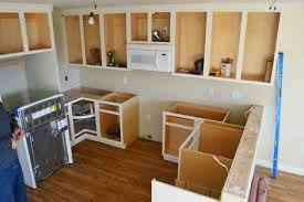 when it came time to install a countertop for the momplex vanilla kitchen we did go have a solid surface countertop d out